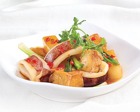 Mực kho củ cải đậm đà ngon cơm